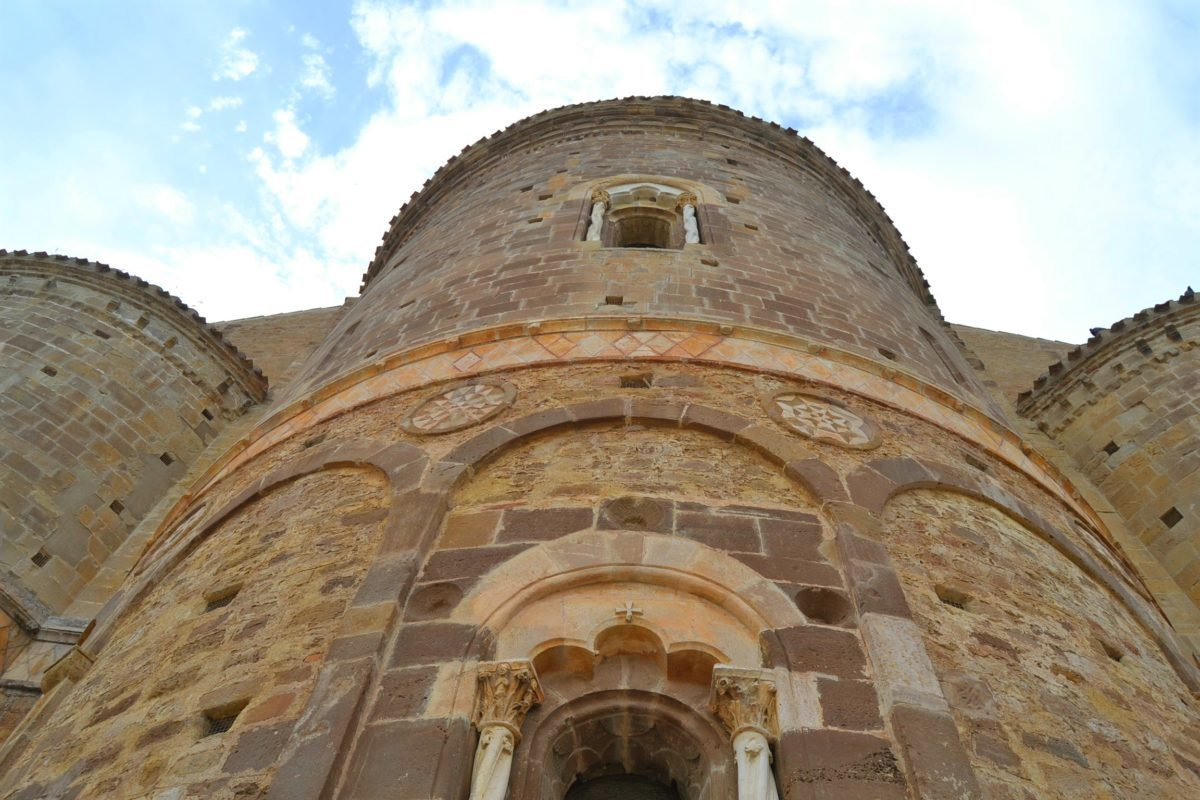 Abbazia di San Giovanni in Venere lato sud