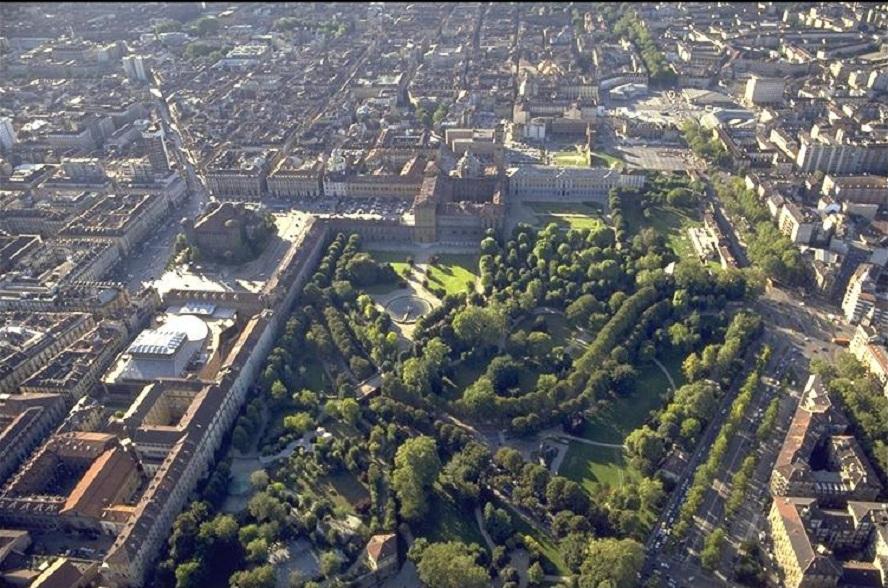 Giardini Reali Superiori, fonte web