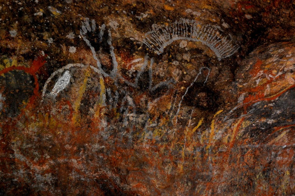 Pitture rupestri a Uluru classifica Australia