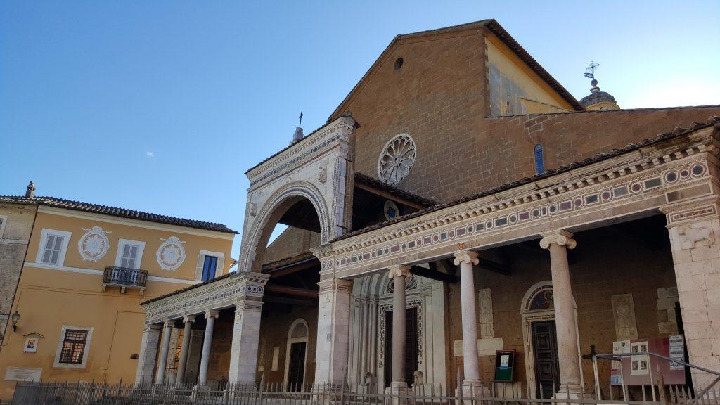 Il Carnevale di Civita Castellana nelle misteriose Terre Falische del Lazio cattedrale