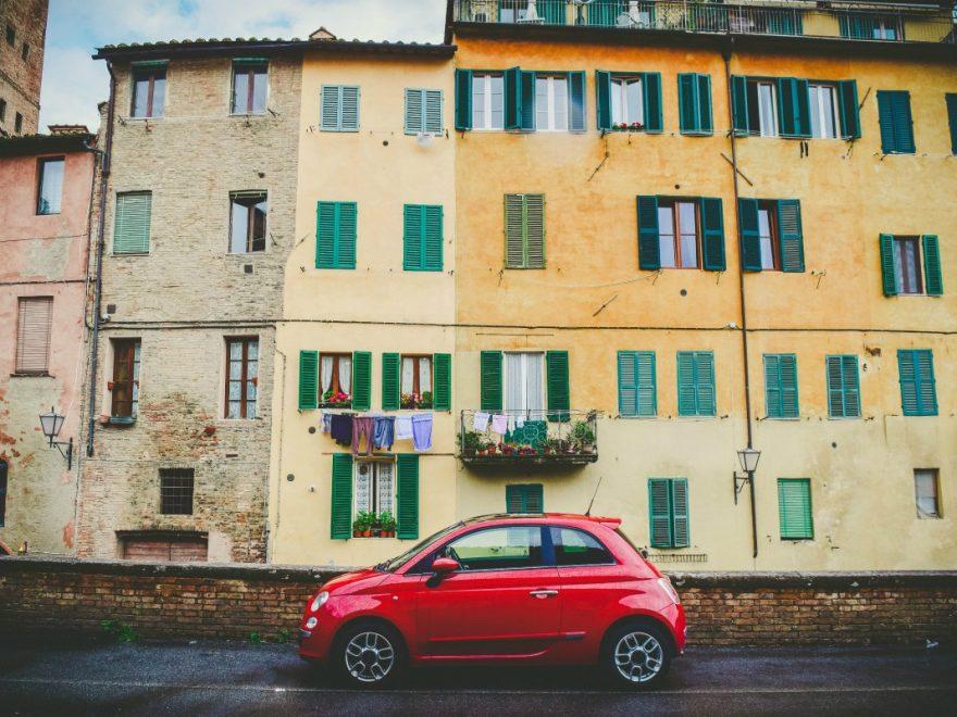Perché gli italiani schifano l'Italia? I misteri del Bel Paese