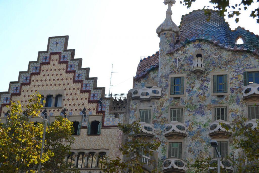 meteo Spagna Google Barcellona e Gaudí: perché è importante visitare Casa Batllo