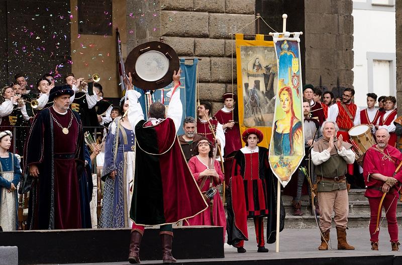 Palio dei Borgia di Nepi rievocazione storica Medioevo Lazio Roma Viterbo meteo indicazioni come arrivare cosa fare bionda Lucrezia