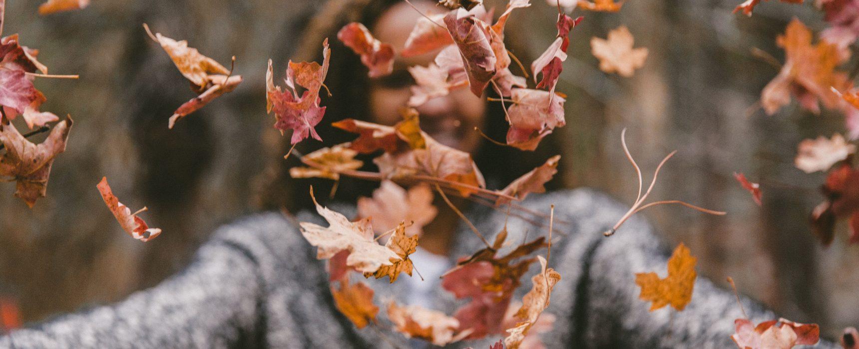 Tutto il necessario per l'autunno in Finlandia viaggi viaggio consigli cosa sapere cosa fare abbigliamento blog suggerimenti cosa indossare indispensabile meteo temperature Zalando scarpe Nike natura autunnale foglie