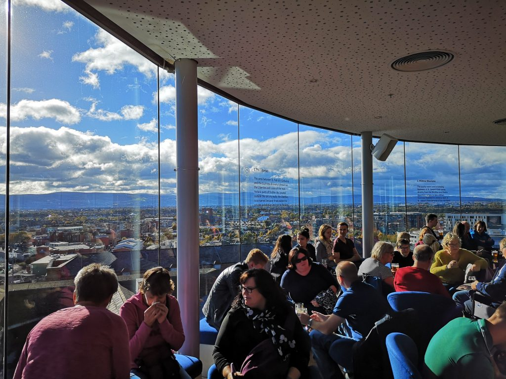 Cosa non perdere a Dublino visitare la fabbrica della Guinness Storehouse panorama sole meteo consigli informazioni